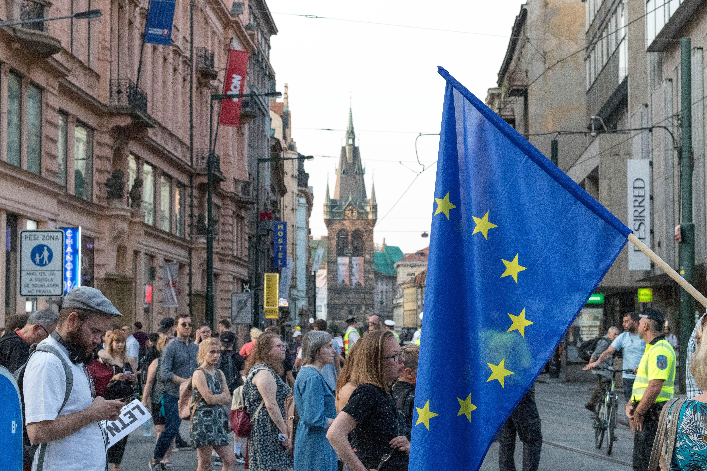 Kā dabūt darbu Nīderlandē kā ārpus ES dzīvojošam pilsonim