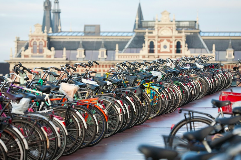 The one thing you must know in the Netherlands: the ABC of cycling